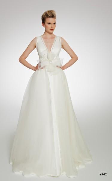 Wytworne Suknie ślubne