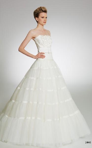 Wytworne Suknie ślubne 4