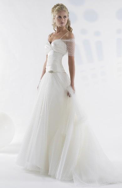 Skromne Suknie ślubne 5